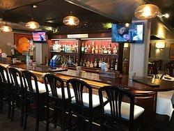Moe's Bistro & Bar