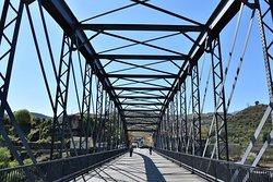 Ponte Pedonal Metalica de Peso da Regua