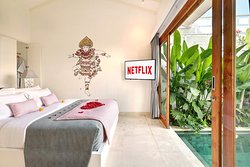 The Jimbaran Villa -  Featuring 6 units One Bedroom Villa with Private Pool and Bathtub