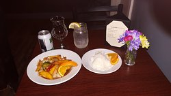 Surprising Thai in a small town Orono Maine!