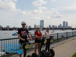 #SpringBreak is here! 😃 Gather your #friends & #family for good times at #Boston #Segway #Tours 😎 Book online at www.bostonsegwaytours.net