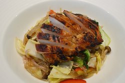 19. chicken bulgogi japchae