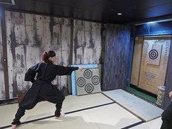 Shuriken throwing