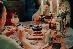 Wine Cafe Chin. Cnin!