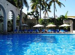 El Cid Granada Pool Area