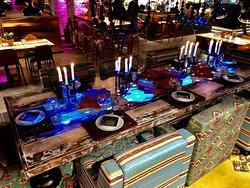 The Table. Vähän parempi pöytävaraus.. Joka perjantai ja lauantai klo 20. Varaa itelles, kavereiden kaa tai koko porukalle esim. synttäreittenviettoa varten (8pax)