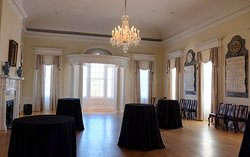 Scenes from Eclectic Tours -  High Society Tour