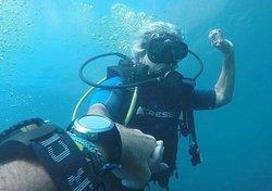 www.aquariusdivingclub.com Medellín - Santa Marta