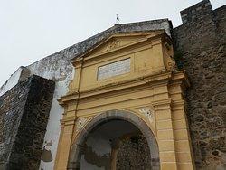 Porta de Avis (Évora)