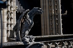 Горгулья собора