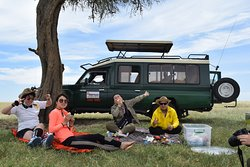 picnic lunch at Masai Mara National Reserve during  full day game drive at the reserve on a 3 days safari with Mufasa Tours and Travels