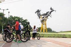 City tour de Neiva en bicicleta, Monumento La Gaitana.