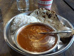 dhal makhani with rice and naan