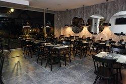 Che Figata Pizzaria, uma ambiente agradável e confortável para reunir sua familia  e amigos para saborear o melhor pizzaria do Lumiar em Lisboa