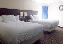 4 Bears Lodge - room in older section (first floor)  with comfortable beds, closer to the casino, dining, etc.