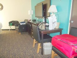4 Bears Lodge - large room on first floor, older section,  close to casino, registration and dining