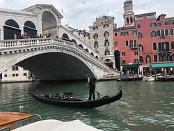 Gondola under Rialto Bridge