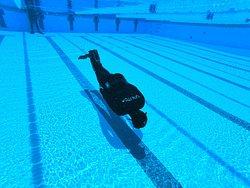 Entrenamiento personales para atletas de todos los niveles.   Personal acuátic training to all kind of athletes  Contacto apneaacademy.we@gmail.com