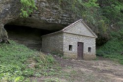 Grotta di San Ponzo