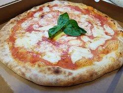 """Pizza margherita """"Lo sceriffo"""""""