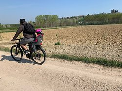 Bike family experience in Langhe&Roero