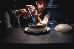Gli appetizer di Truth. Scopri il menu -> https://www.truthrestaurant.it/wp-content/uploads/2019/04/MENU-FOOD-TRUTH.pdf