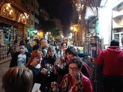 viviamo come egiziani dentro la strada dei mamaluchi  al Cairo islamica