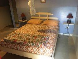 Chambre double avec ou sans airco avec salle de bain privative