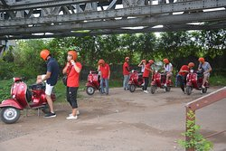 Hanoi Insight Vespa Tours