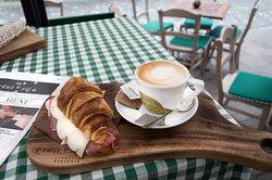 Breakfast in Ala Pršiuterija