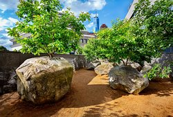 """""""Garden of Stones,"""" Andy Goldsworthy's only permanent installation in New York City."""