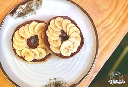 Banana with Nutella Bagel