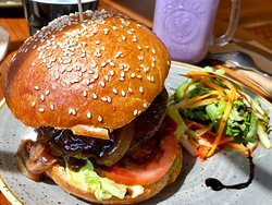 Bakehouse Burger