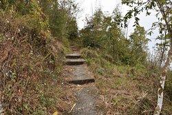 Hiking route to Gamphus Dara