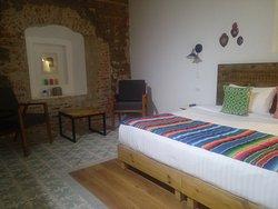Habitación Suite con una cama king Size