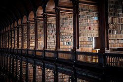 凯尔图书馆