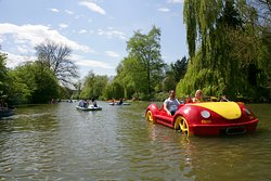 Leam Boat Centre