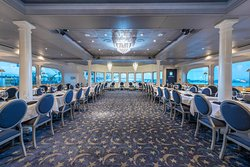 Yacht StarShip Dining Cruise