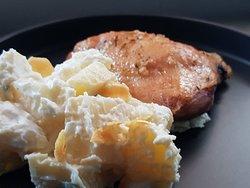 Pollo asado con papas mayo