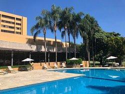 Hotel grande, com ótima estrutura!