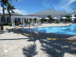 The lovely pool surrounding the Lobby and Don Guillermo Restaurant.