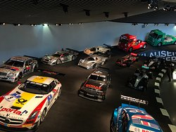 Музей Mercedes-Benz, экспозиция