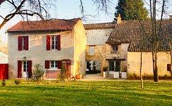 www.lacarreterie.com  #lacarreterie #bordeaux #dordogne #perigord #chambresdhotesdecharme #chambresdhotes #gite #lifestyle #bergerac #monbazillac #saintemilion #paysfoyen