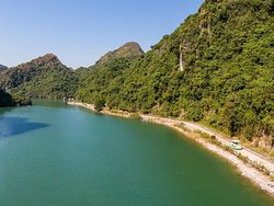 The way to Viet Hai village