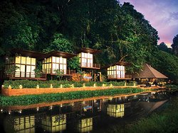 Crystal Spa is located inside Lost World of Tambun along the Hot Springs far end corner, built like a Resort Spa where visitors can enjoy the wide varieties of Spa Massages, Treatment and Packages offered.