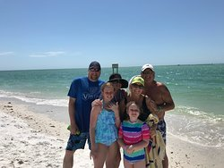 Our guest from Wisconsin having a family day on the water. Beach day!