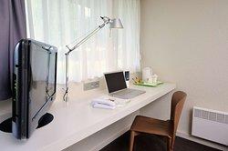 gest room Desk