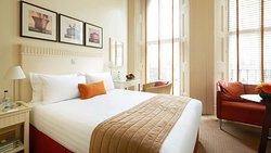 MH KensingtonHouseHotel London UK Guestroom Double