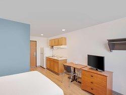 Generic WoodSpring Suites One Bed Suite