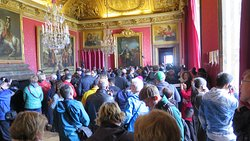 Crowds in Versailles